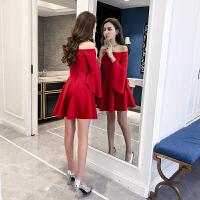 红色连衣裙秋冬2018新款女装短款显瘦喇叭袖一字领露肩小礼服名媛