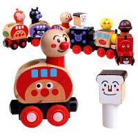 面包人火车兼容宜家木制轨道木制磁性拖拉小火车儿童木偶玩具
