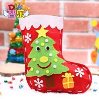 圣诞节儿童圣诞袜子礼物袋 不织布幼儿园手工制作DIY材料包包礼物