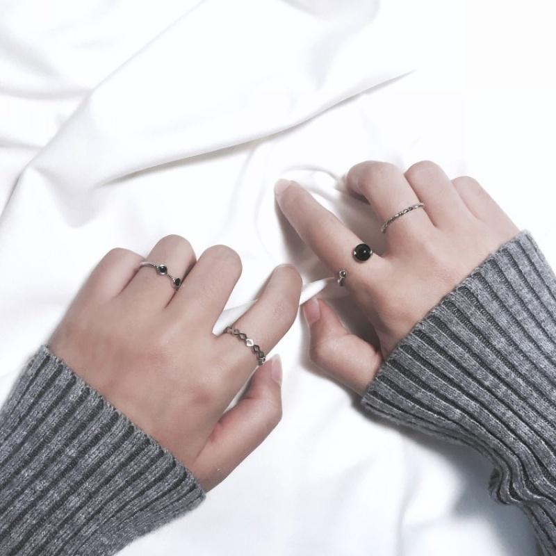 日韩简约关节戒指组合潮人饰品开口尾戒指环对戒女复古配饰J020 发货周期:一般在付款后2-90天左右发货,具体发货时间请以与客服协商的时间为准