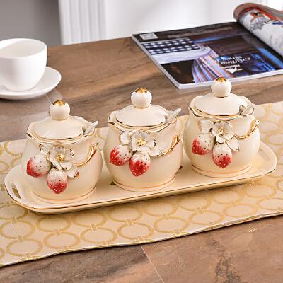创意欧式陶瓷调味罐调料盒三件套套装厨房用品家居餐厅味精盐罐子 调味罐CM604 发货周期:一般在付款后2-90天左右发货,具体发货时间请以与客服协商的时间为准