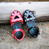 童鞋女宝宝学步凉鞋夏款女童镂空公主鞋宝宝黑红色小皮鞋子