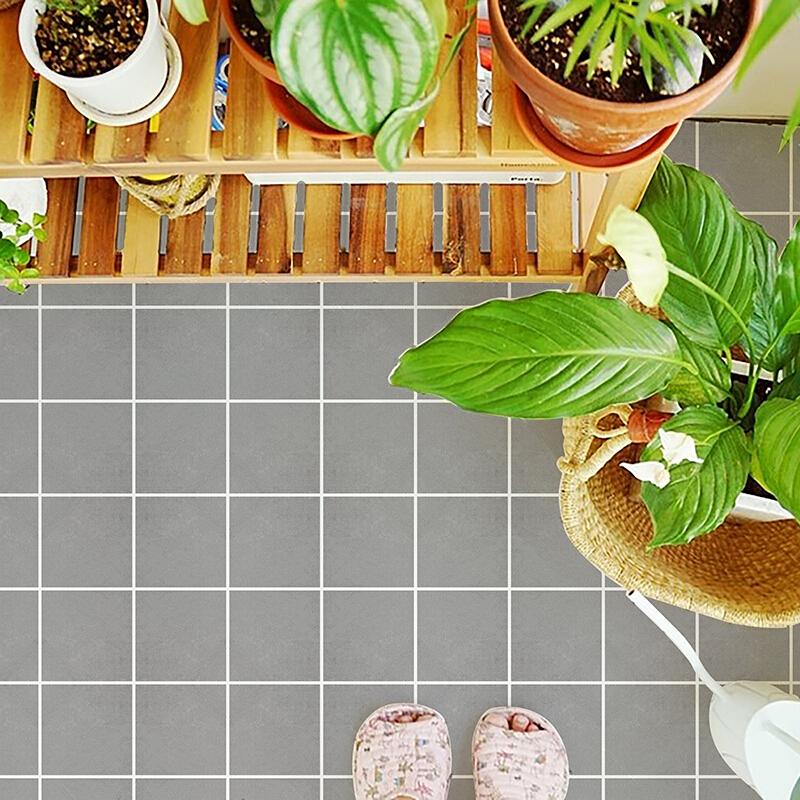 墙纸自粘装饰墙贴画地面水地板仿真瓷砖厨房地砖贴纸 商用款-黎青浅格 60厘米宽*1米长 中 发货周期:一般在付款后2-90天左右发货,具体发货时间请以与客服协商的时间为准