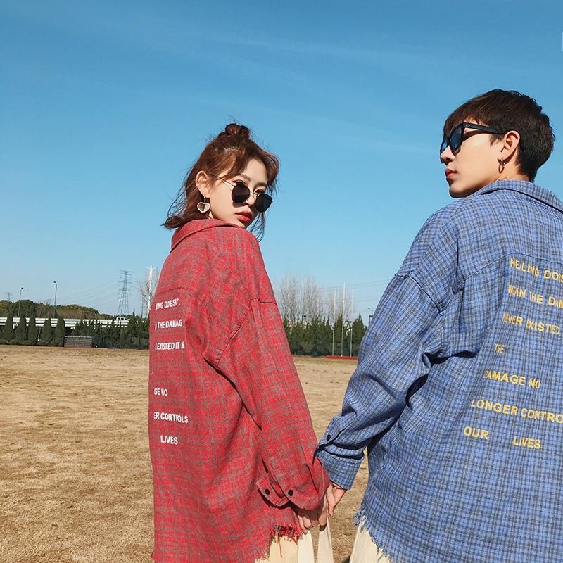 2018男士潮流长袖潮流衬衫韩版宽松风长袖格子衬衣学生衬衫外套 发货周期:一般在付款后2-90天左右发货,具体发货时间请以与客服协商的时间为准