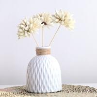 爱家简约现代客厅家居摆件白色麻绳日式陶瓷文艺花瓶插花艺