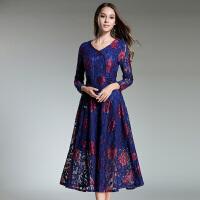 秋冬新款V领双色蕾丝花朵印花气质显瘦收腰系带打底连衣裙