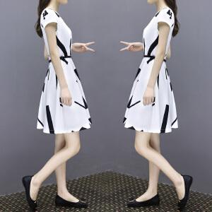 哆哆何伊2018夏新款女装简约修身圆领白色条纹短袖A字中裙大码雪纺连衣裙