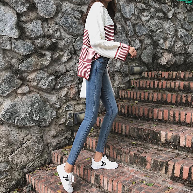 韩版风弹力秋季新品高腰九分牛仔裤气质修身显瘦女装铅笔九分裤潮 发货周期:一般在付款后2-90天左右发货,具体发货时间请以与客服协商的时间为准