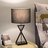 卧室床头灯简约现代北欧创意美式遥控婚庆床头柜结婚台灯