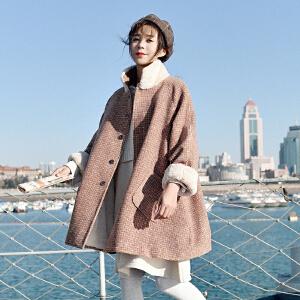 【限时促销!下单立减100!】2018秋冬新款韩版宽松小个子毛呢短外套羊羔毛加绒格子呢子大衣女