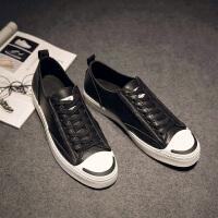 新款春季男士韩版休闲板鞋潮流系带男鞋青年运动小黑皮鞋男生
