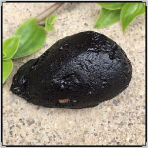 稀有矿石,天然黑色陨石原石FO485