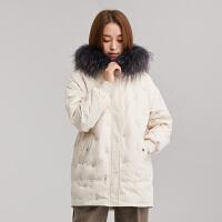 yaloo/雅鹿羽绒服女短款2018冬季新款小款大毛领羽绒服白鸭绒时尚