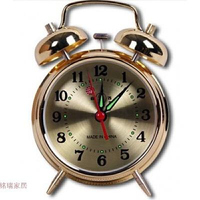 机械闹钟闹铃复古双铃机械钟全金属机芯手动上发条老式马蹄表居家创意 发货周期:一般在付款后2-90天左右发货,具体发货时间请以与客服协商的时间为准