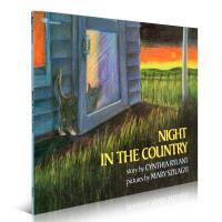 【全店300减100】英文原版进口童书阅读绘本 Night in the Country 乡间夜晚