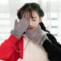 儿童手套 女童可爱雪花加绒加厚挂脖连指手套冬季新款韩版儿童时尚休闲舒适百搭保暖手套