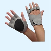 健身半指运动手套护掌 训练哑铃举重器械女式防滑健身房护具