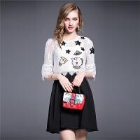 蕾丝连衣裙夏季新款欧美卡通绣花短袖上衣流苏吊带裙两套装裙