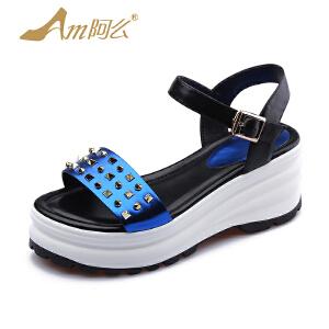 【17新品】阿么女学院风厚底拼色学生鞋潮流铆钉高跟坡跟凉鞋