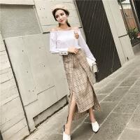 2018春季新款韩版气质一字肩胸花长袖衬衣+不规则格子长裙两件套