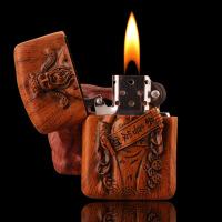 创意煤油打火机代木浮雕雕刻关公打火机木质浮雕刻防风煤油打火机收藏礼品复古砂轮超薄打火机