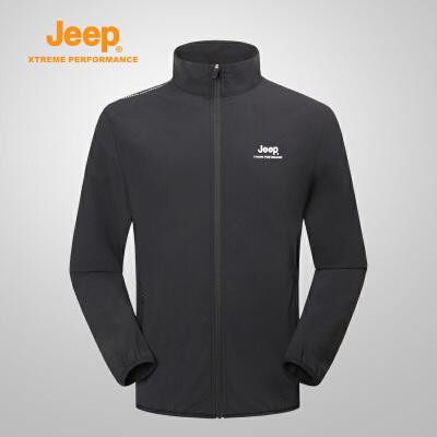【特惠价】Jeep/吉普 新品男士户外运动登山服软夹克冲锋衣J812096103 轻薄透气 防风袖口 YKK拉链