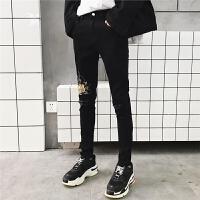 新品18春装新款男士韩版修身绣花小脚铅笔裤潮流青年小伙破洞牛仔