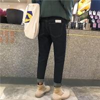 新品文艺冬季2018新款男士牛仔裤修身小脚潮流休闲黑色裤子