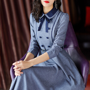 安妮纯欧洲站2020春装新款女优雅娴静娃娃领撞色修身中长款A字连衣裙