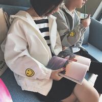 2018春季新款韩版情侣装小清新刺绣连帽宽松夹克衫男装外套防晒服