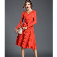 针织连衣裙女秋冬款V领长袖气质修身系带收腰中长款百褶打底A字裙