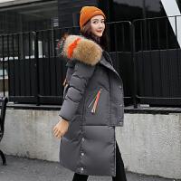 女子羽绒服女士冬季外套加厚棉衣修身连帽韩版女女孩冬装。