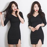2018夏季新款韩版时尚女装修身显瘦露背性感短裙v领包臀连衣裙潮