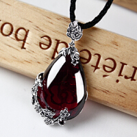 925泰银吊坠复古镶嵌石榴石项链水滴吊坠女红宝石毛衣链银饰 酒红色