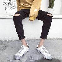 夏季个性破洞9分牛仔裤男士修身小脚九分裤青少年学生潮流乞丐裤