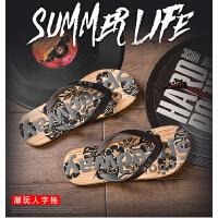 夏季人字拖男潮流韩版个性防滑休闲沙滩鞋学生时尚外穿夹脚凉拖鞋
