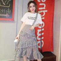 夏季时尚韩版气质花边短袖圆领上衣+修身百搭不规则格子裙子套装