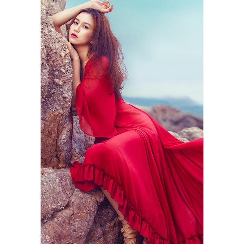 夏季新款文艺复古V领气质雪纺连衣裙度假沙滩波西米亚长裙 红色 发货周期:一般在付款后2-90天左右发货,具体发货时间请以与客服协商的时间为准