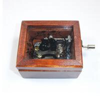 音乐盒 木质手摇音乐盒送男女朋友同学创意生日礼品礼物 6.5*5.7*4cm