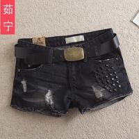2017秋冬新款大码宽松黑色牛仔短裤 女韩版潮显瘦破洞热裤