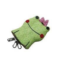 青蛙公主钥匙包材料包(进口面料,方便的多头钥匙挂扣,畅销书《超可爱贴布缝的童话王国》经典造型)