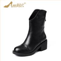 【冬季清仓】阿么牛皮马丁靴子加绒防滑粗跟短靴中跟英伦骑士中筒靴子女鞋冬靴