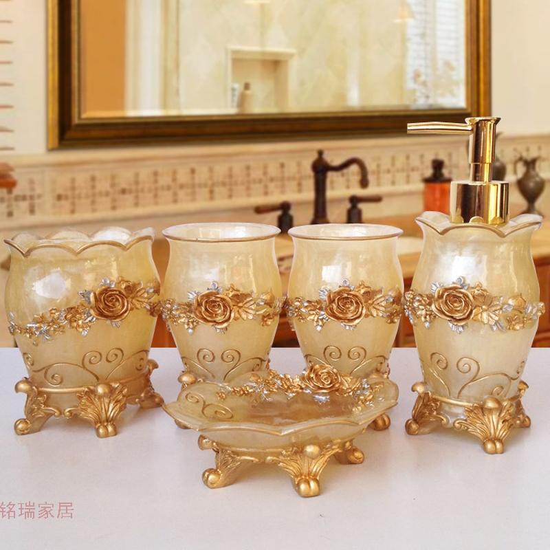 欧式结婚卫浴五件套浴室用品套件牙具洗漱卫生间漱口杯洗漱套装 发货周期:一般在付款后2-90天左右发货,具体发货时间请以与客服协商的时间为准