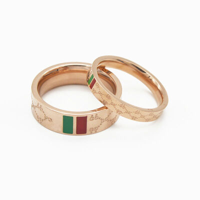 欧美同款红绿杠戒指 玫瑰金钛钢指环 男女情侣对戒尾戒食指饰品 发货周期:一般在付款后2-90天左右发货,具体发货时间请以与客服协商的时间为准