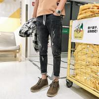新款牛仔裤男士韩版修身小脚裤拉链水洗磨破男裤子潮流青年学生九