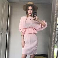 2018春季新款韩版压褶喇叭袖收腰短款荷叶摆上衣+包臀半身裙套装