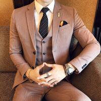 新款2018西服套装秋冬男装学生英伦风粉红婚礼西装修身三件套