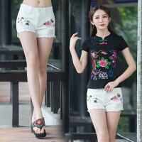 中国风女短裤夏新款潮女式白色绣花破洞显瘦毛边热牛仔裤子