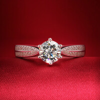 七度品尚1克拉钻戒 星光 女戒S925银情侣戒指 女钻石婚戒指 材质925银镀白金 8号-22号 现货即发