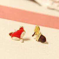 可爱小熊不对称小巧无耳洞耳钉可爱软垫耳夹女情人节礼物 狐狸+松果 耳钉